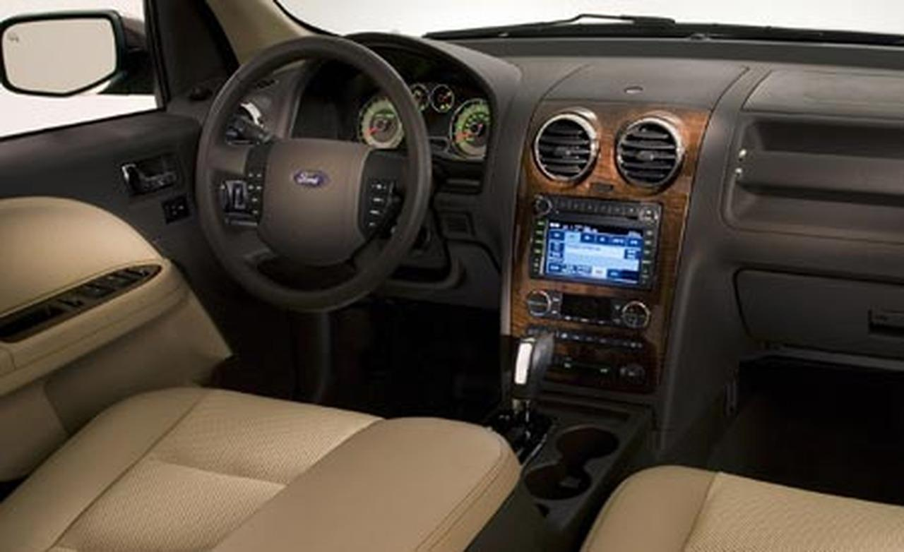 Ford Taurus X interior #4