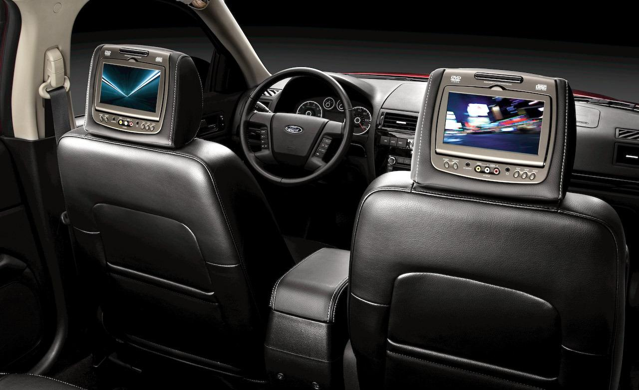 Ford Taurus X interior #1