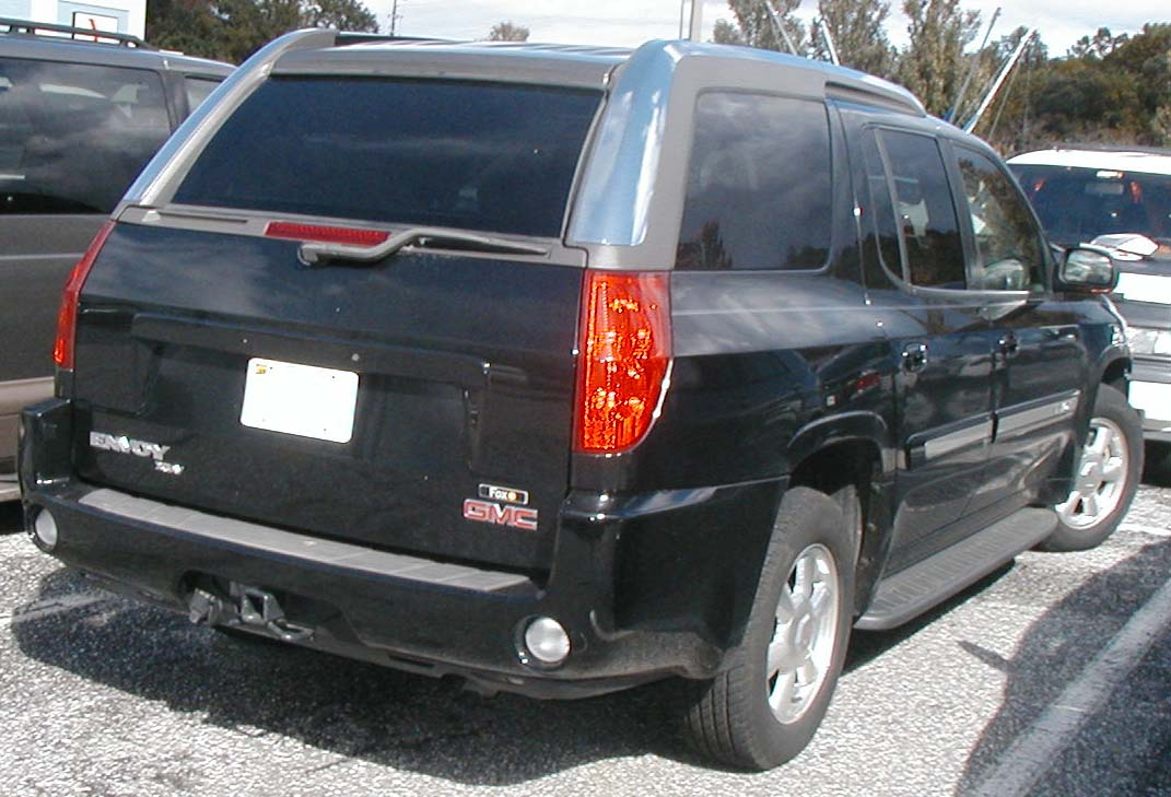 GMC Envoy XUV black #3