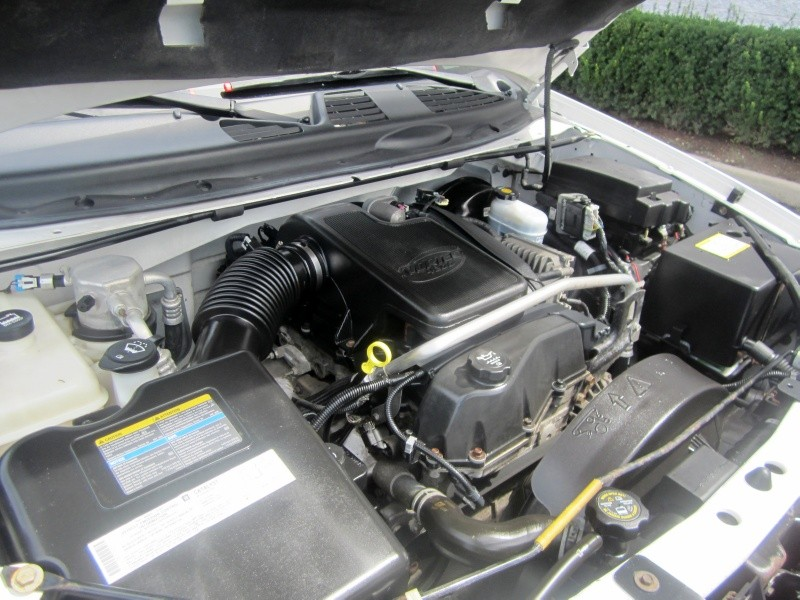 GMC Envoy XUV engine #4
