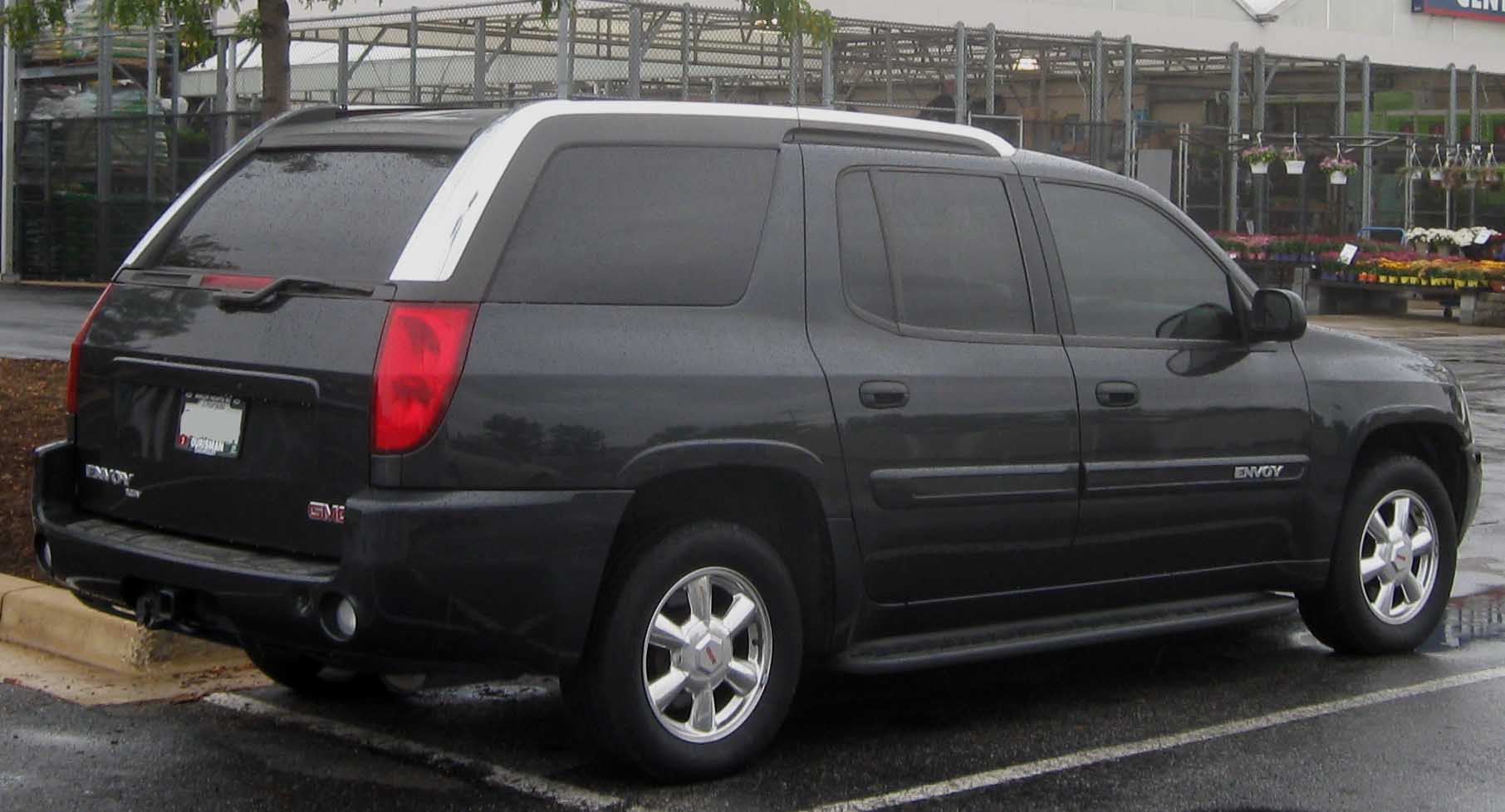 GMC Envoy XUV red #2
