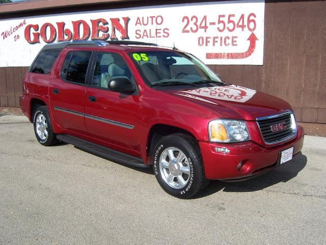 GMC Envoy XUV red #3