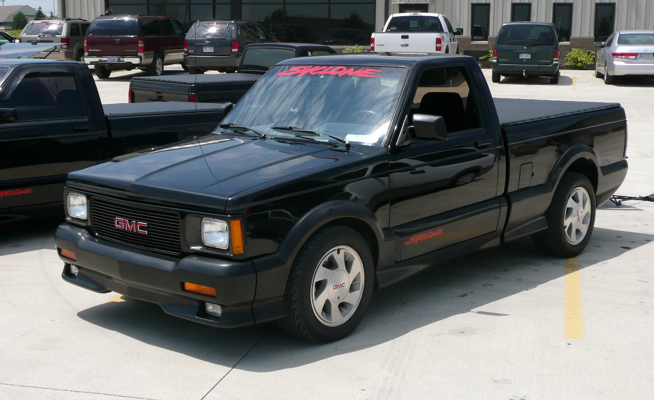 GMC Syclone red #1
