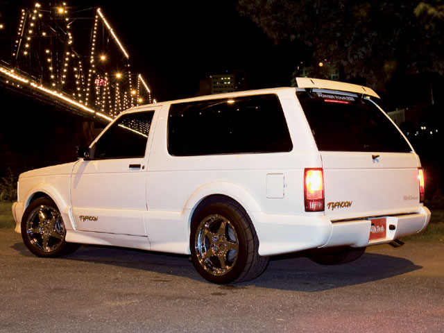 GMC Typhoon white #3
