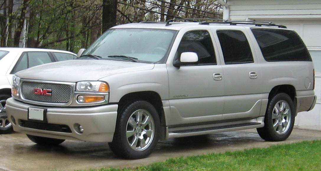GMC Yukon XL white #2
