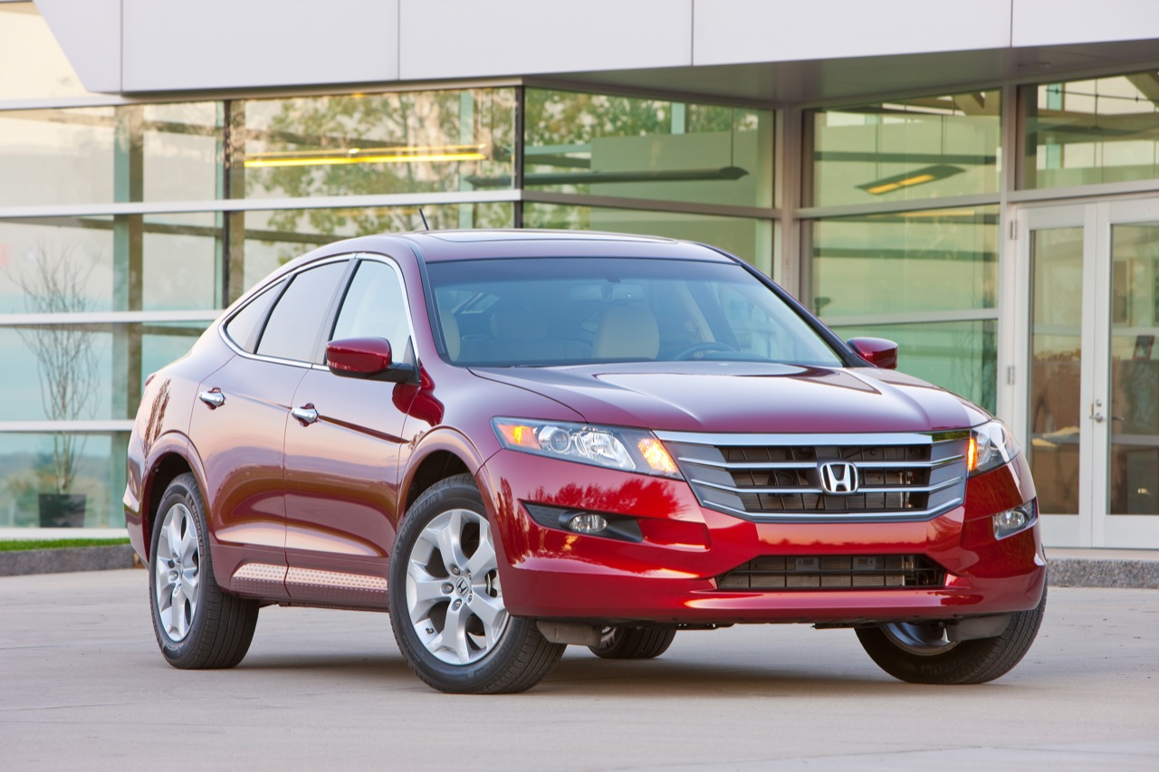 Honda Crosstour red #2