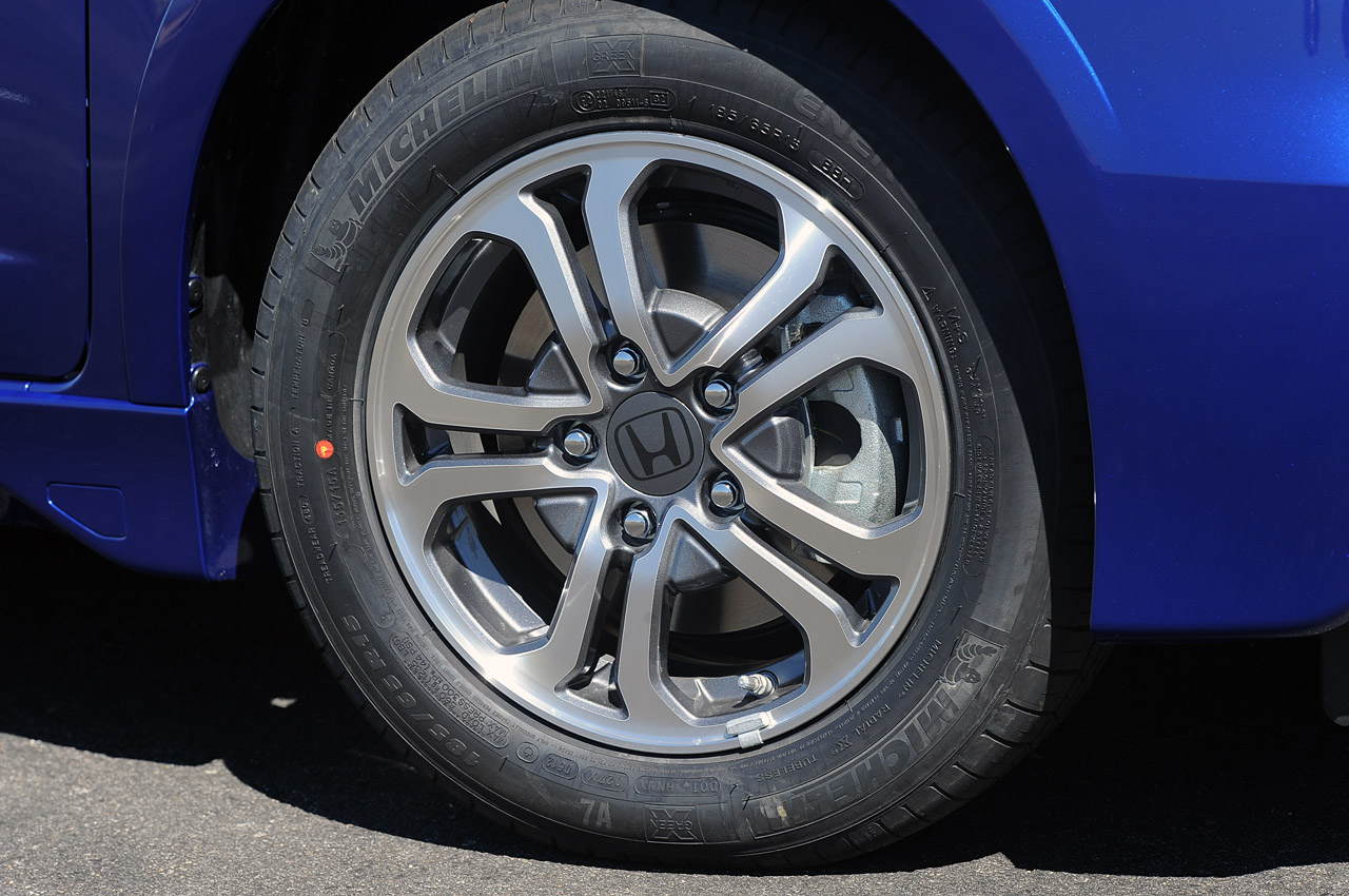 Honda Fit EV wheels #3