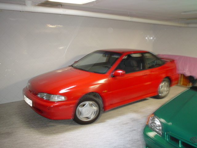 Hyundai Scoupe red #1