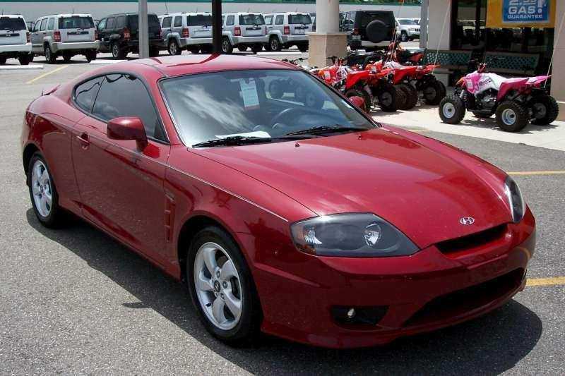 Hyundai Tiburon red #1