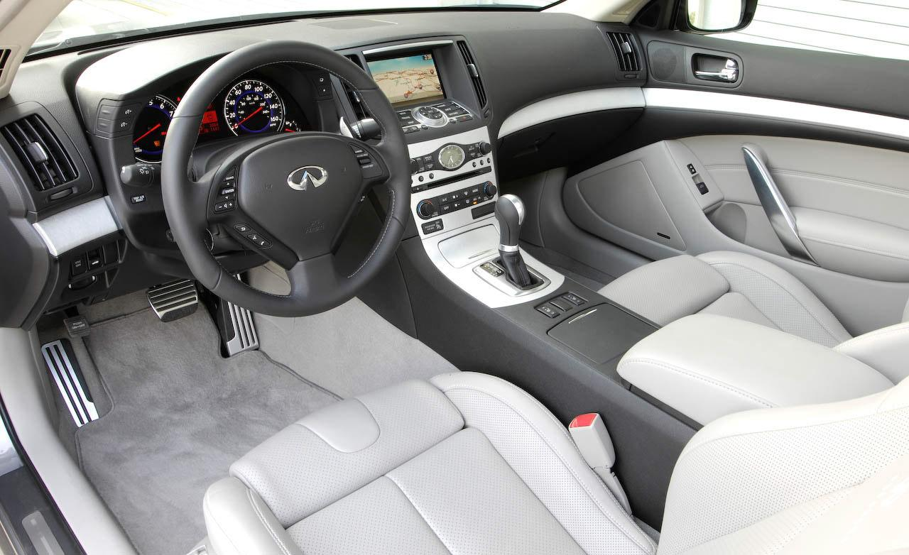 Infiniti G37 Coupe interior #1