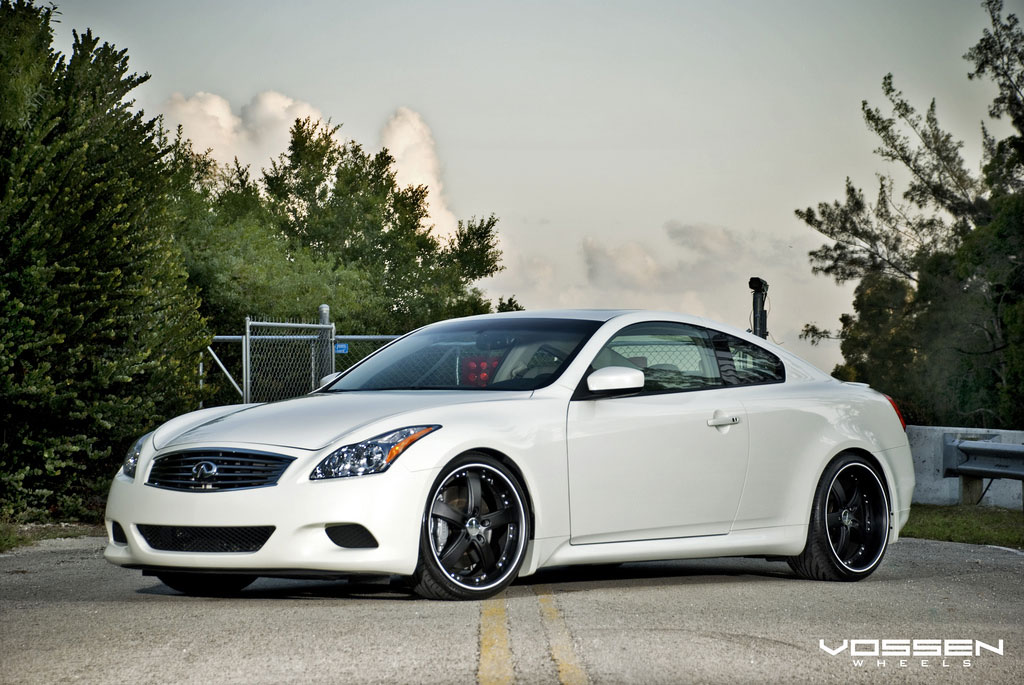 Infiniti G37 Coupe white #2