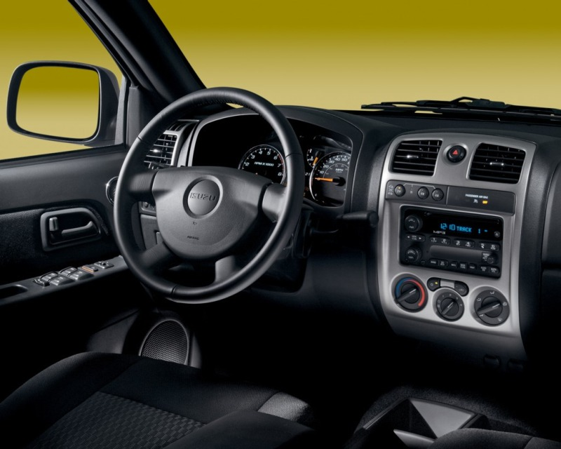 Isuzu i-Series interior #2