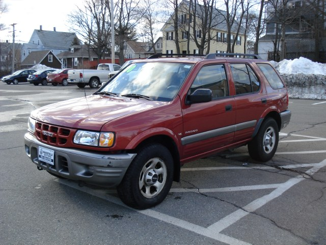 Isuzu Rodeo Sport red #1