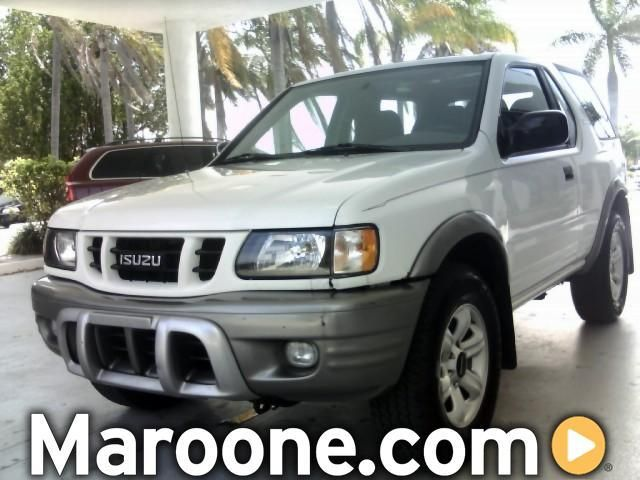 Isuzu Rodeo Sport white #2