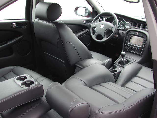 Jaguar X-Type interior #2