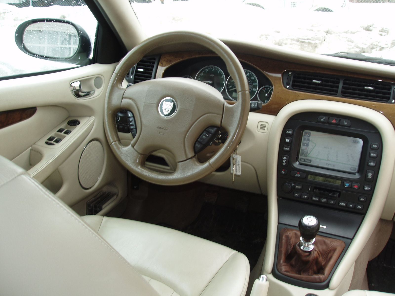 Jaguar X-Type interior #1