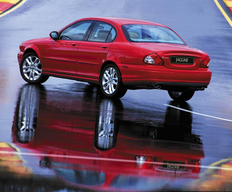 Jaguar X-Type red #1