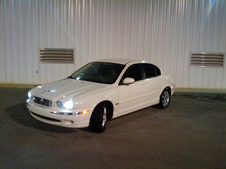 Jaguar X-Type white #1