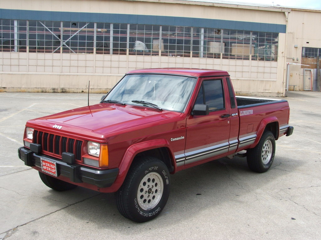 Jeep Comanche red #1
