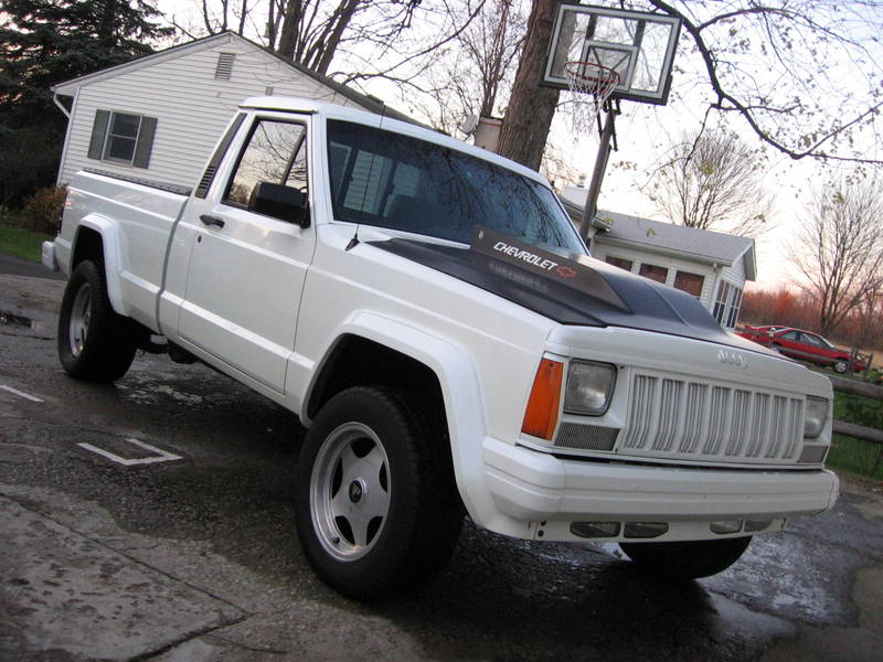 Jeep Comanche white #3