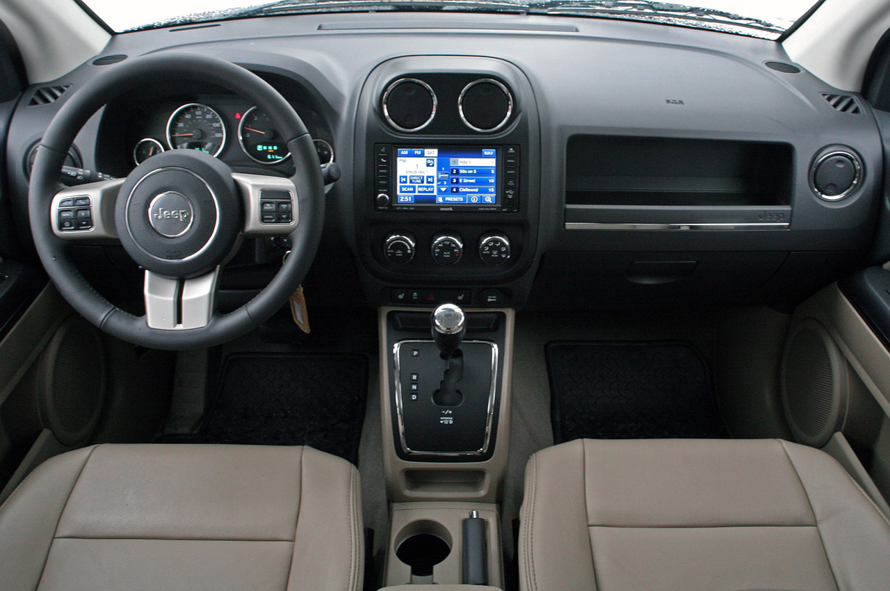 Jeep Compass interior #3