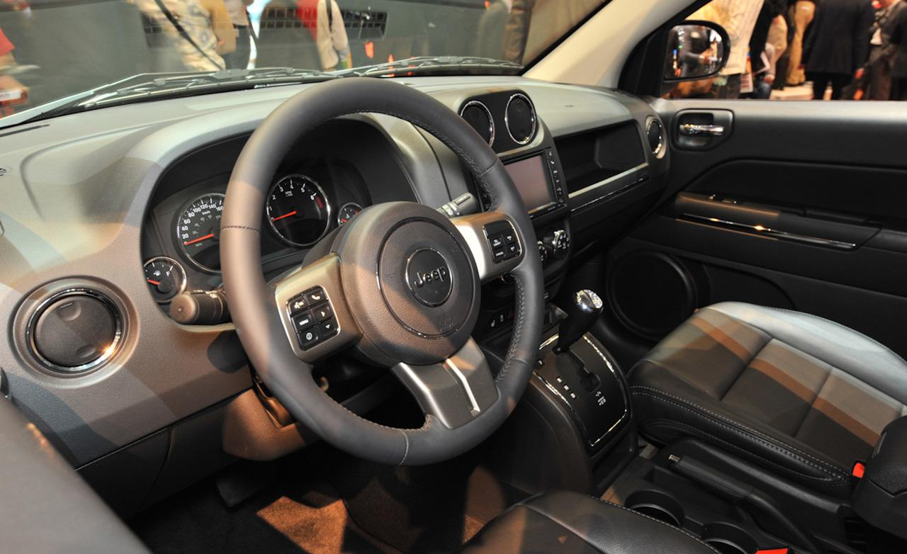 Jeep Compass interior #4