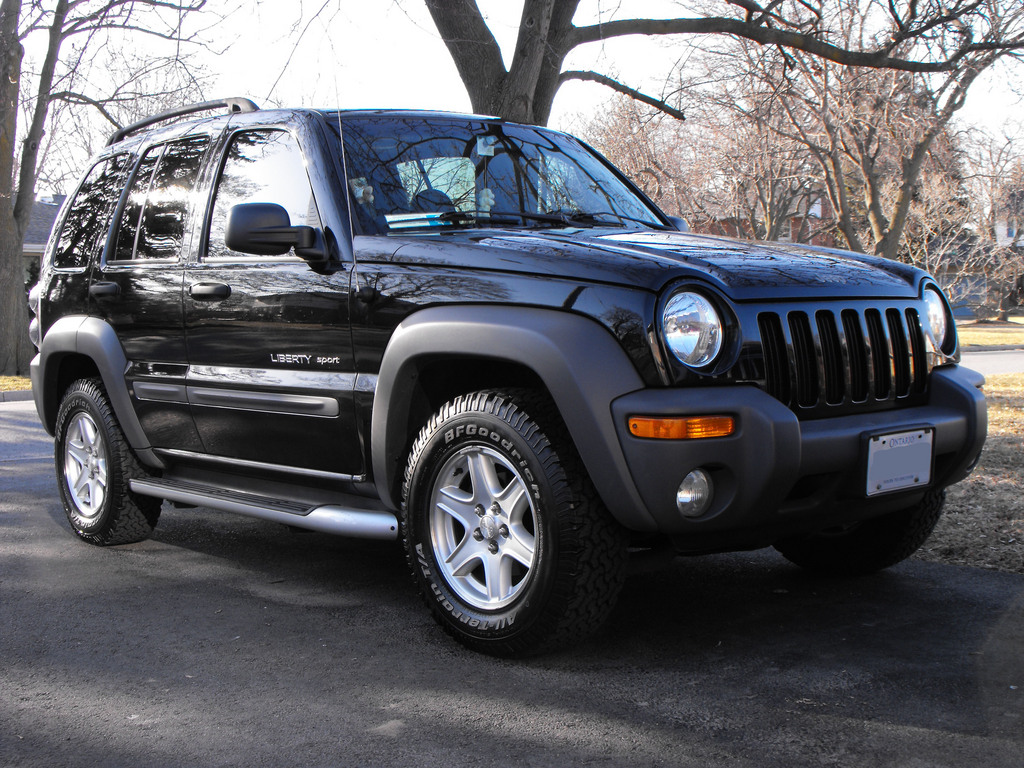 Jeep Liberty black #2
