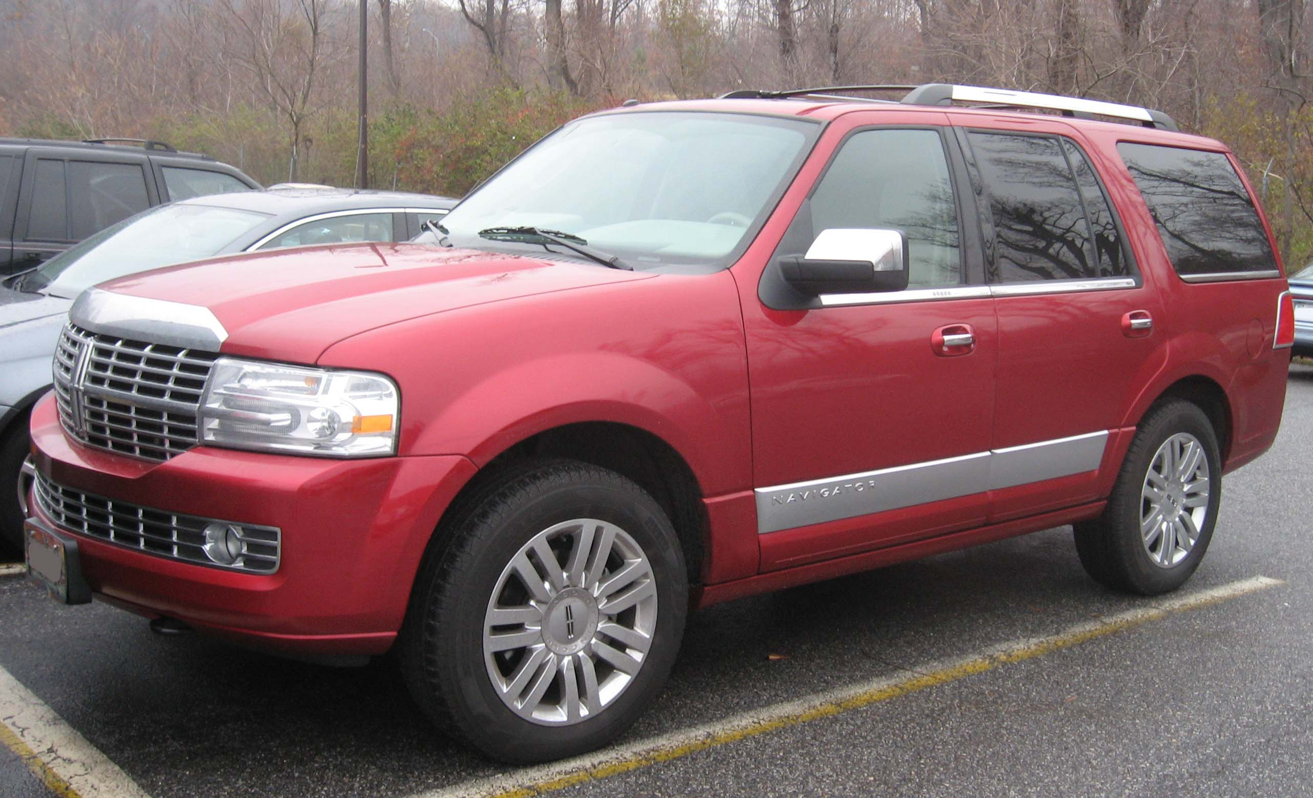 Lincoln Aviator red #2