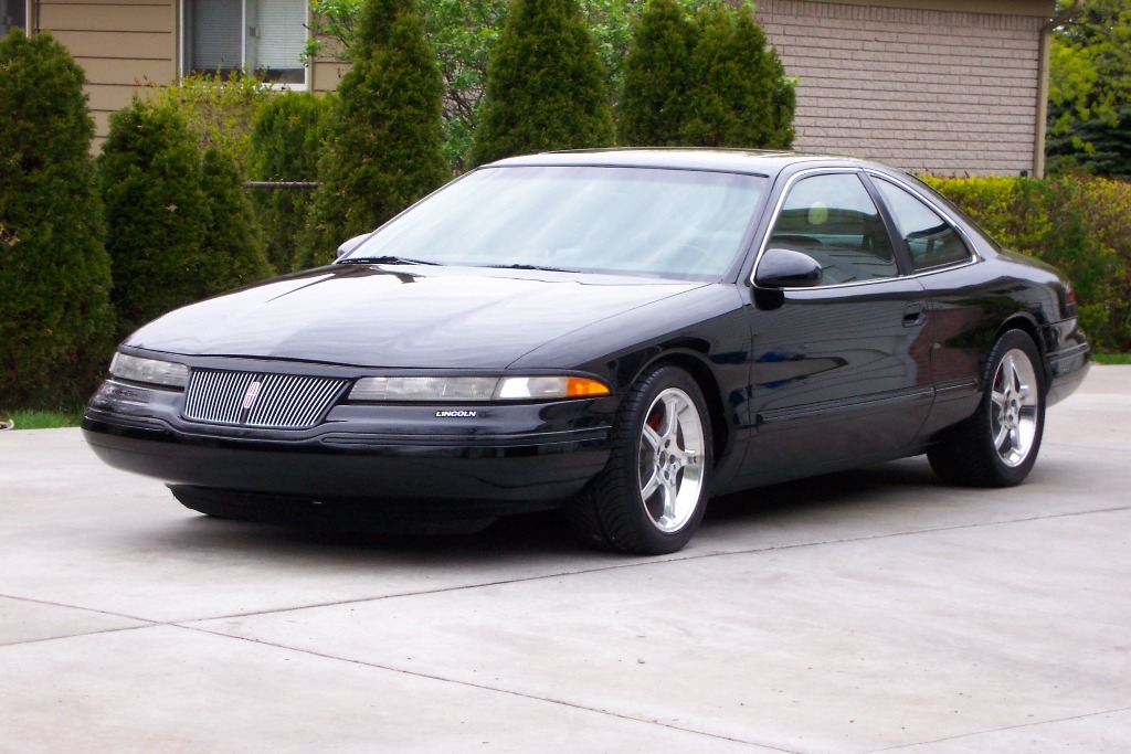 Lincoln Mark VIII black #2