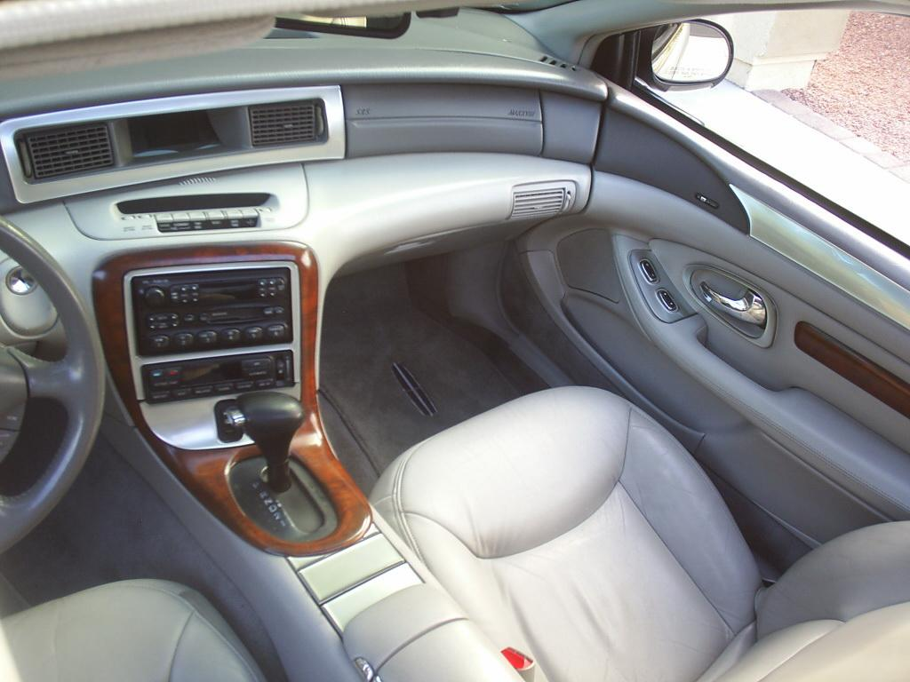 Lincoln Mark VIII interior #1