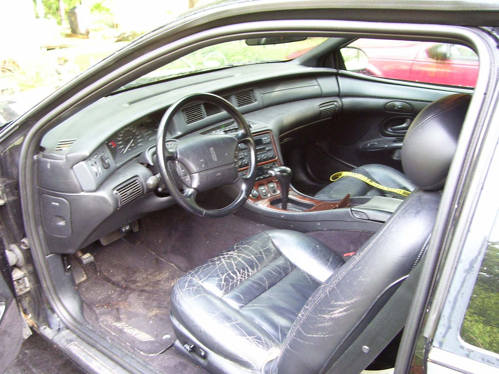 Lincoln Mark VIII interior #3