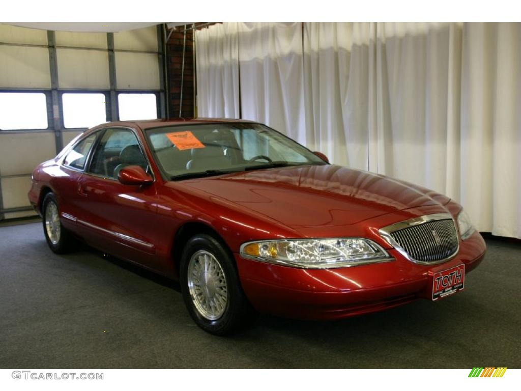 Lincoln Mark VIII red #1