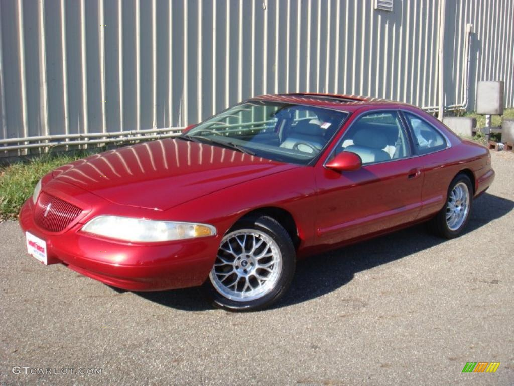 Lincoln Mark VIII red #4