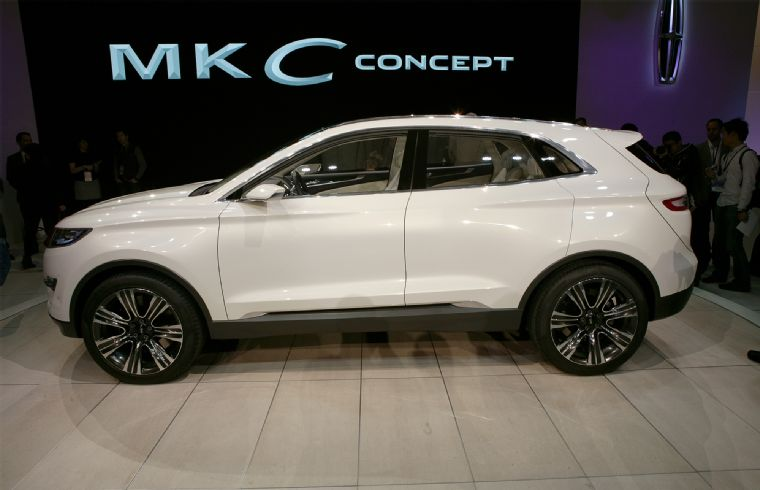 Lincoln MKC engine #4