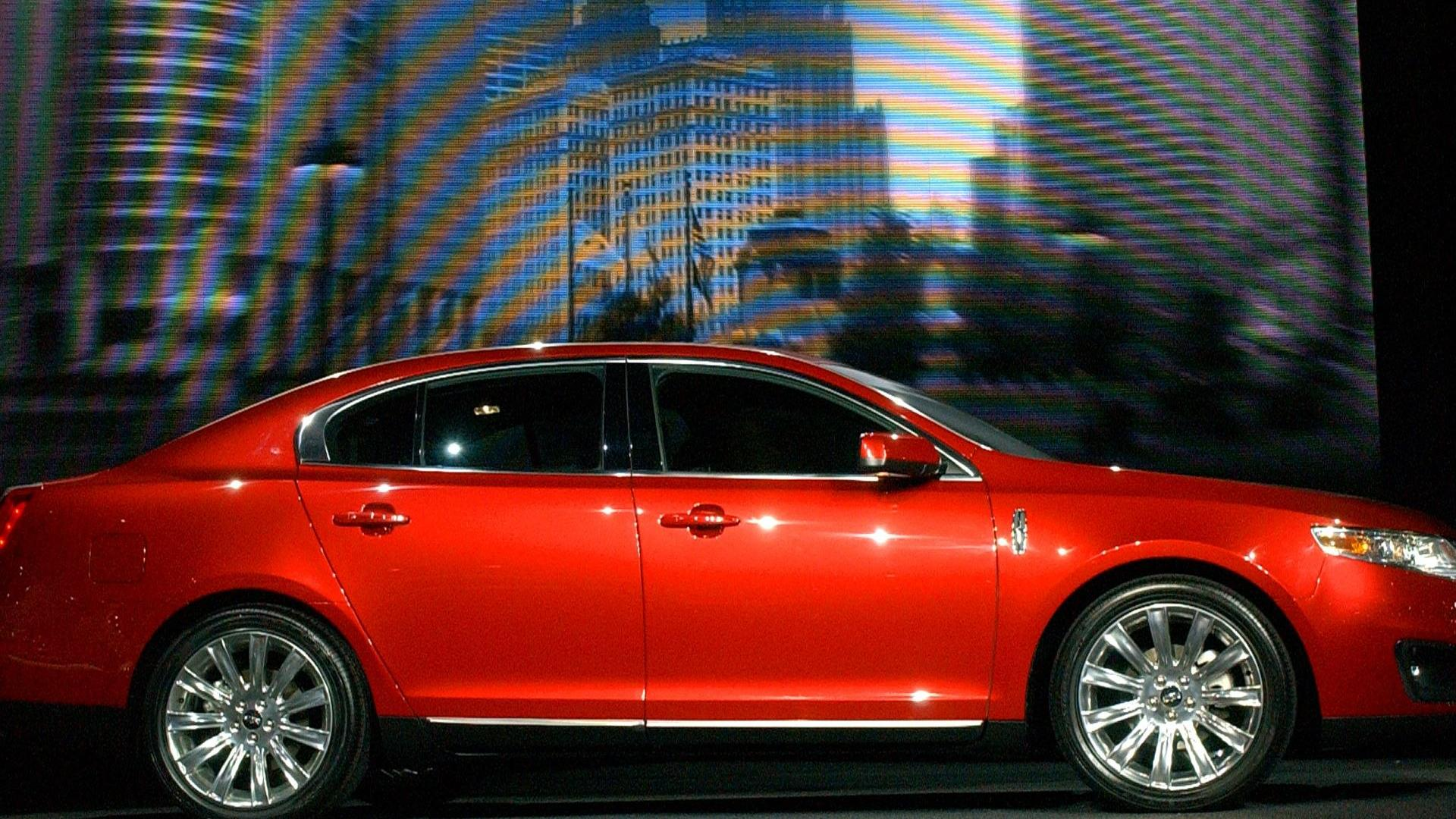 Lincoln MKS red #2