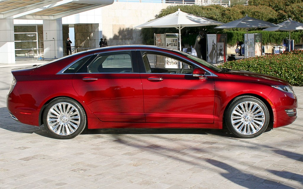 Lincoln MKS red #3