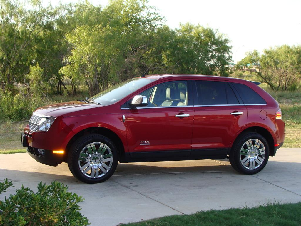 Lincoln MKX red #1