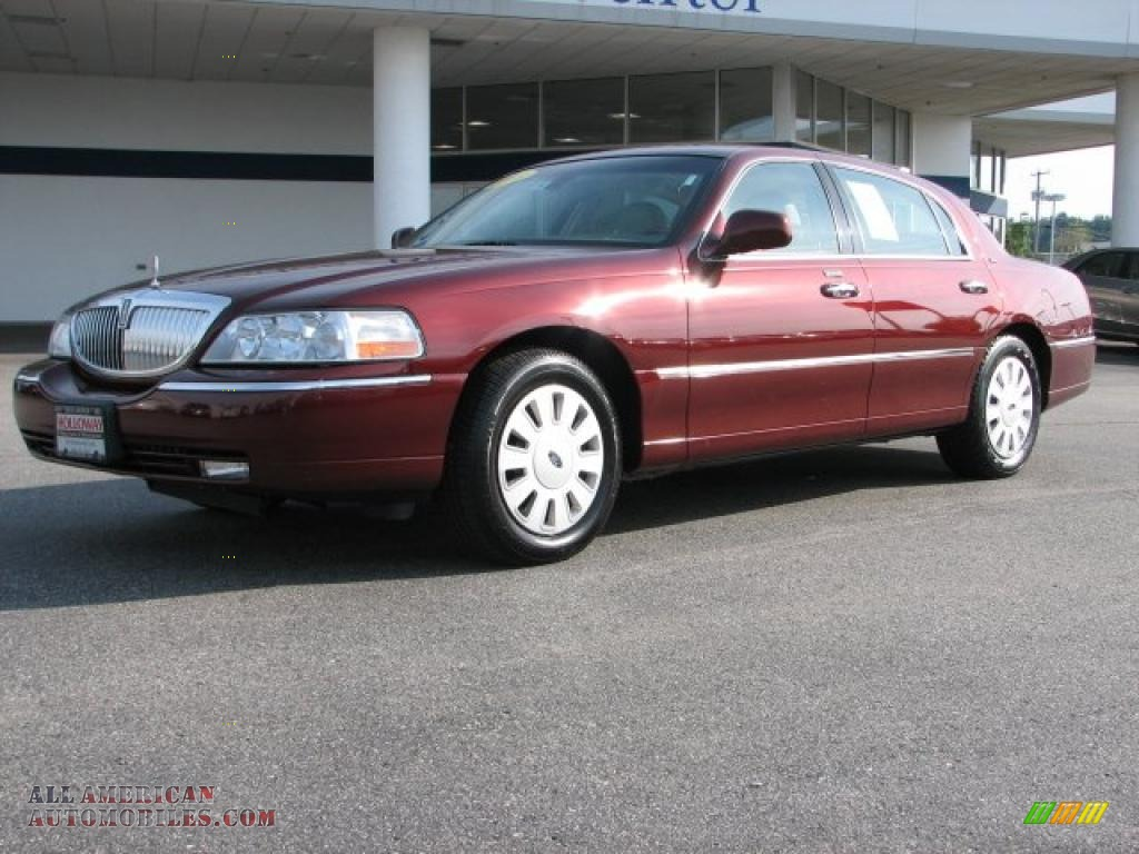 Lincoln Town Car red #4