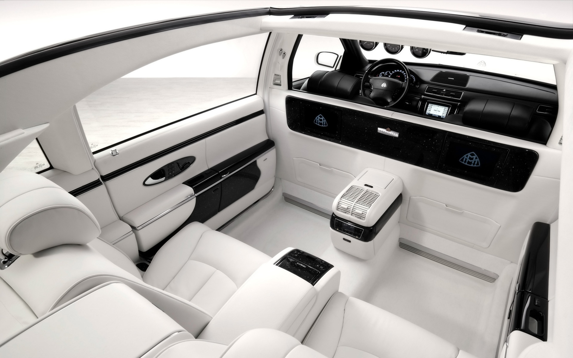 Maybach Landaulet interior #3