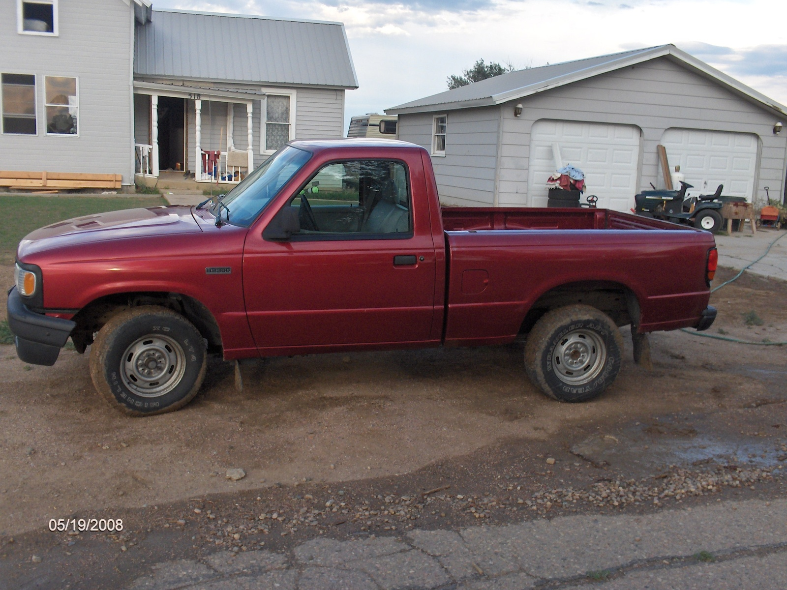 Mazda B-Series Pickup red #3
