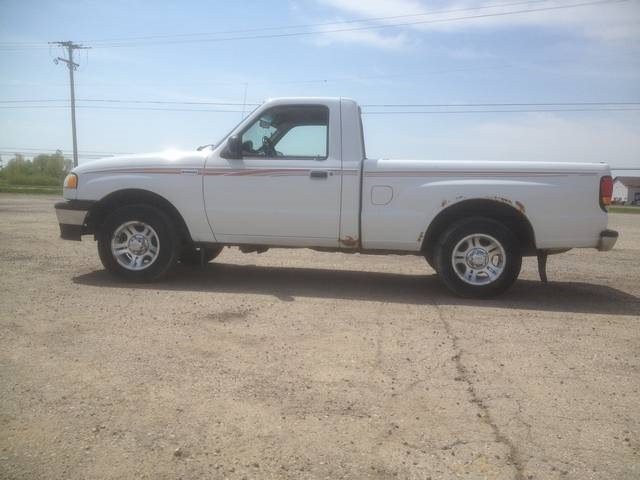 Mazda B-Series Pickup white #3
