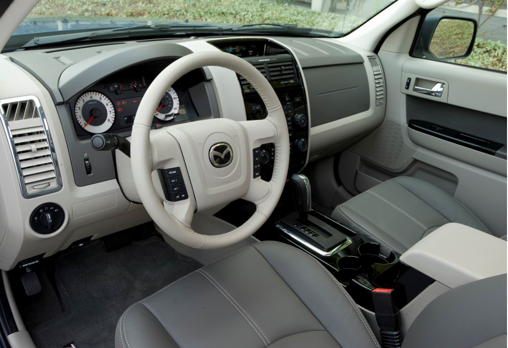 Mazda Tribute Hybrid interior #1