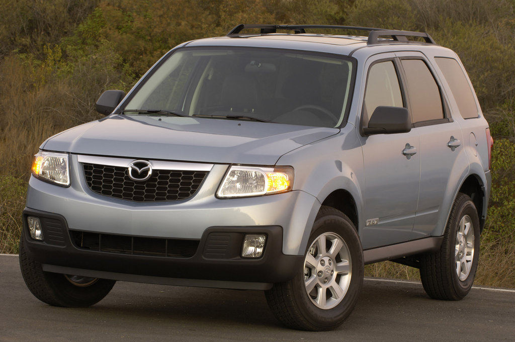 Mazda Tribute Hybrid white #1
