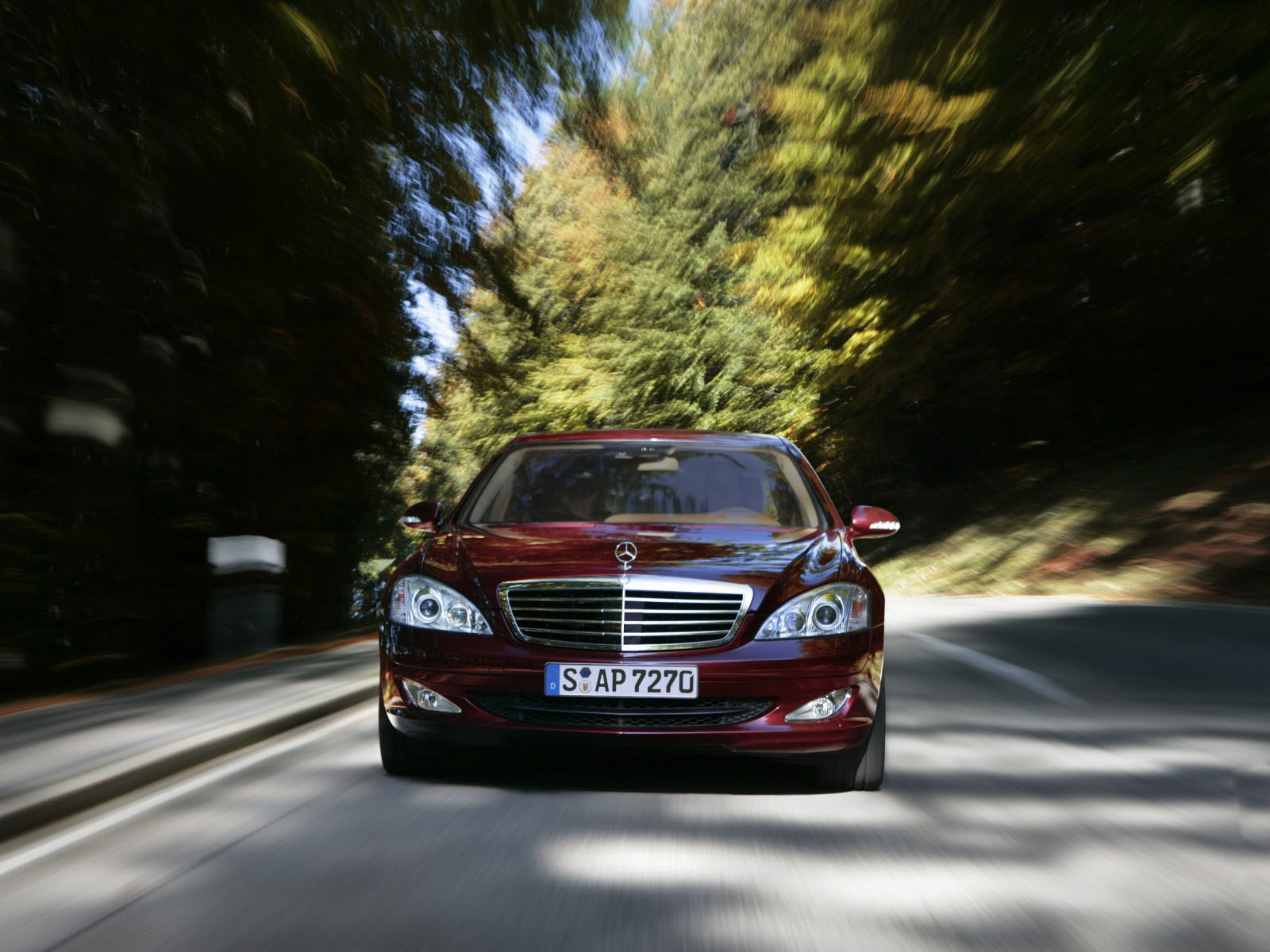 Mercedes-Benz S-Class red #4