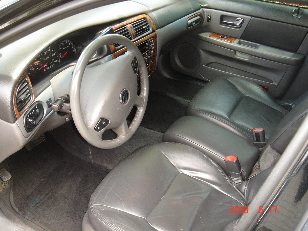 Mercury Sable interior #2