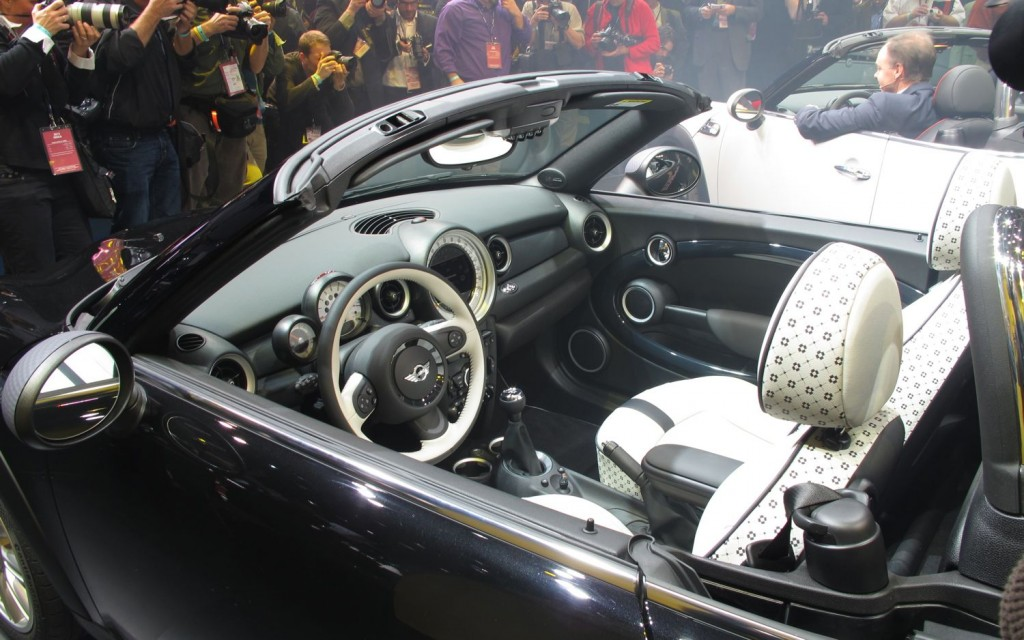 MINI Cooper Roadster interior #2