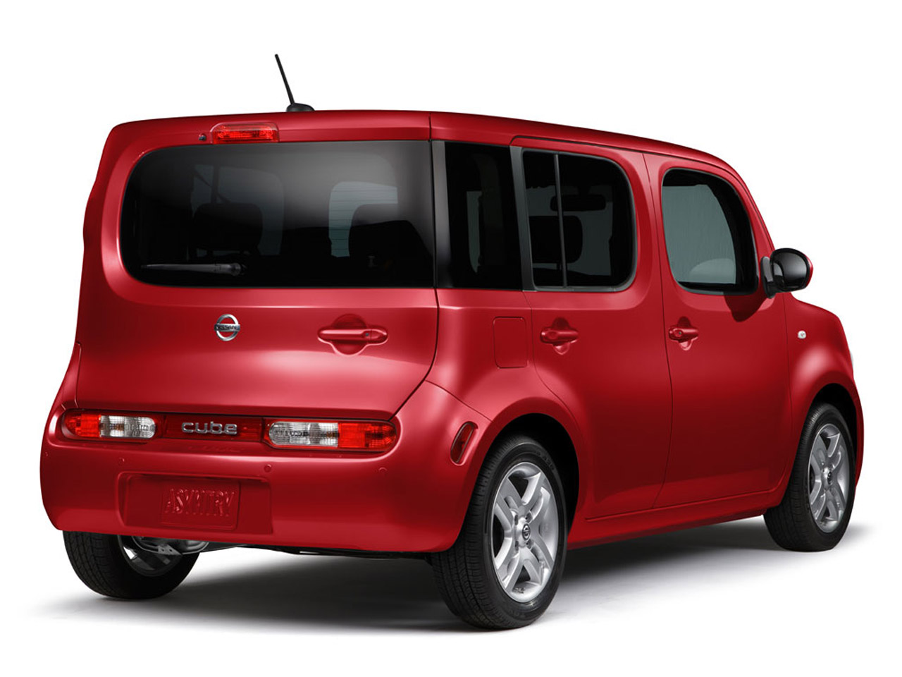 Nissan Cube red #3