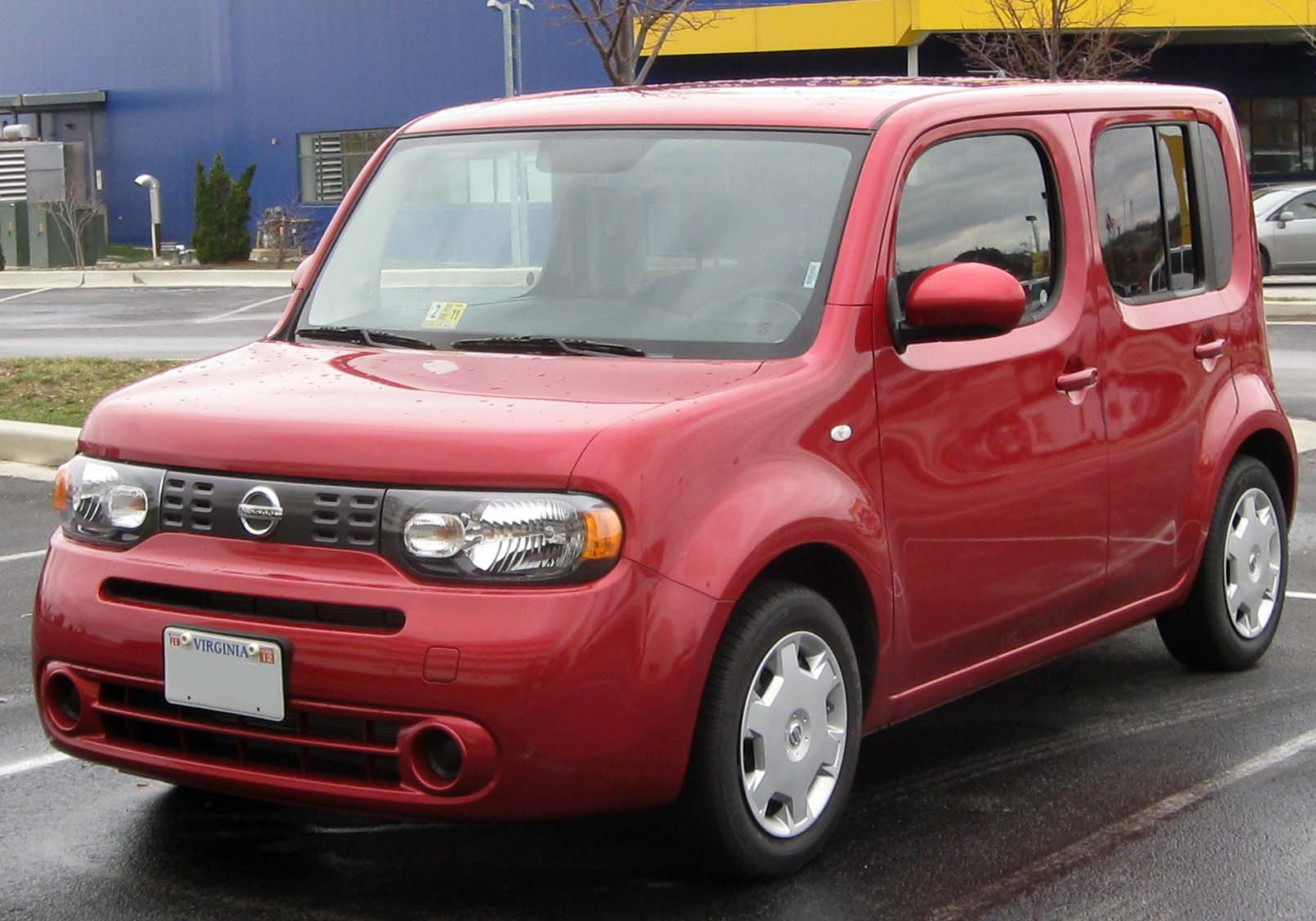 Nissan Cube red #1