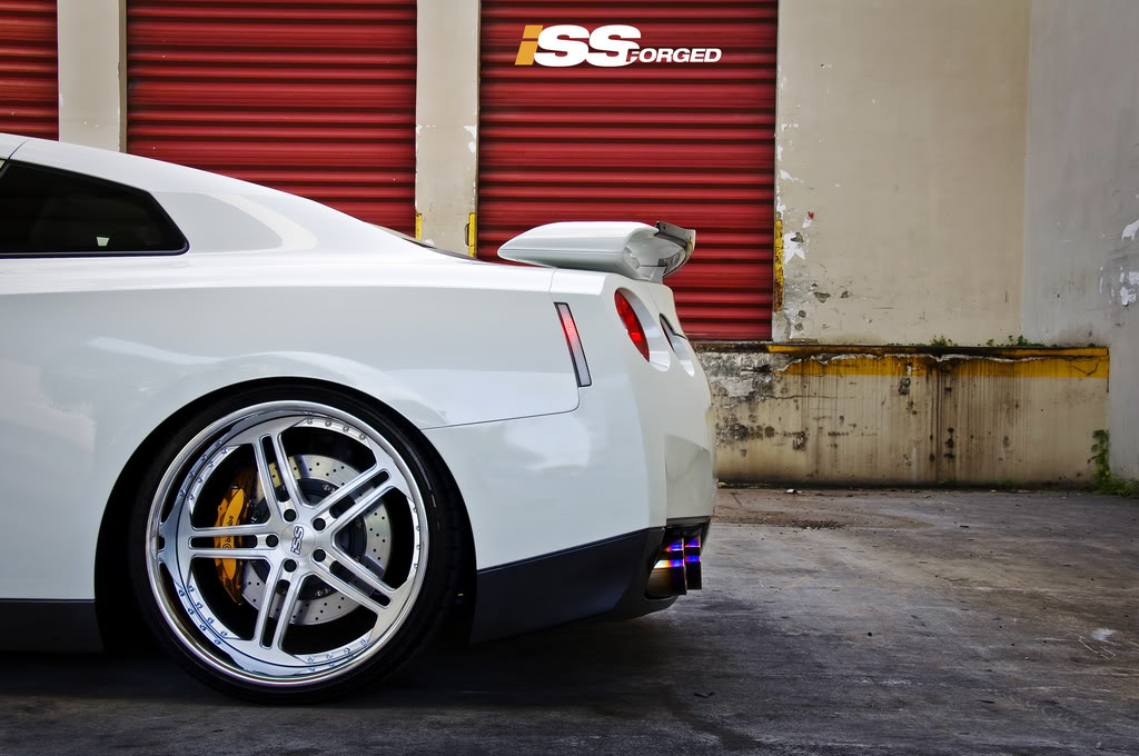 Nissan GT-R wheels #1