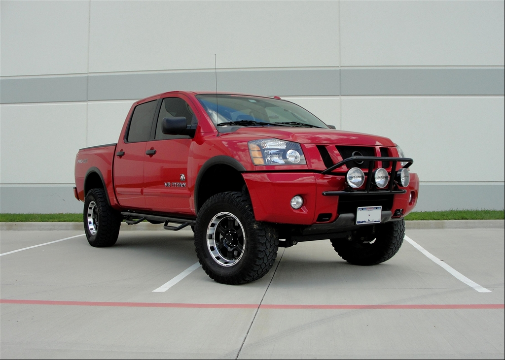 Nissan Titan red #4
